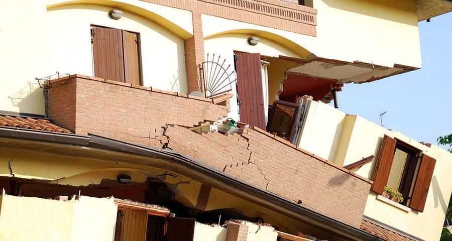 How Earthquake-Proof Buildings Work
